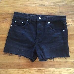 """GAP Shorts - GAP -  NWOT 3"""" High-Rise Cut-Off Shorts"""